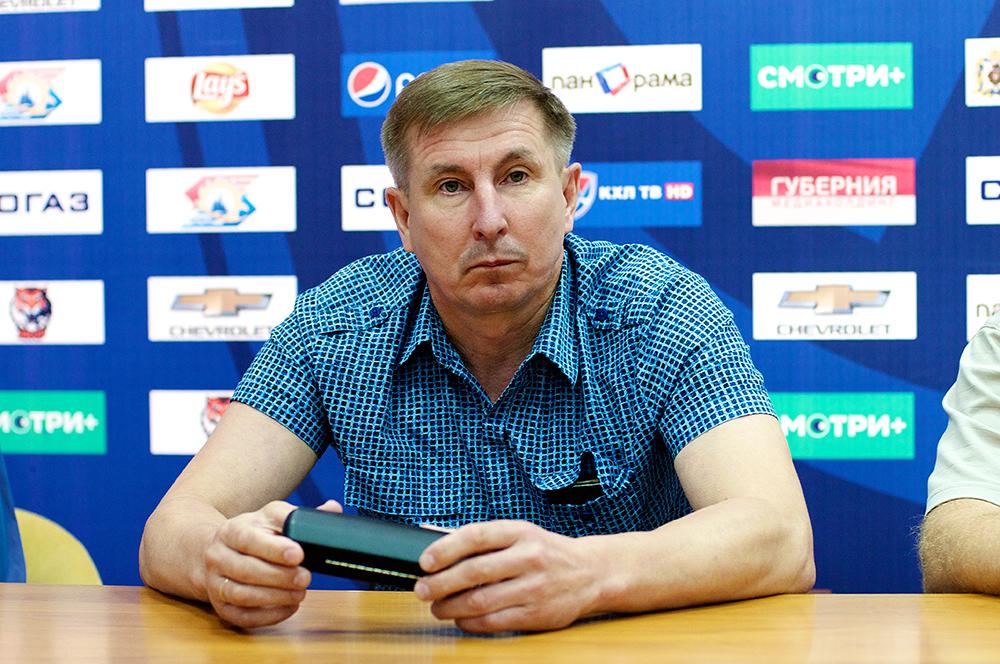 «Кто из новокузнецких талантливей – Бобровский или Сорокин? Тамачаков из «Сахалина»