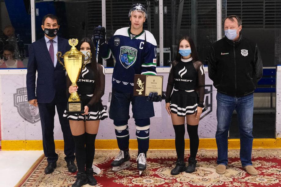 Артем Воронин: «Лучше брать трофеи с «Югрой», чем терять время в КХЛ»